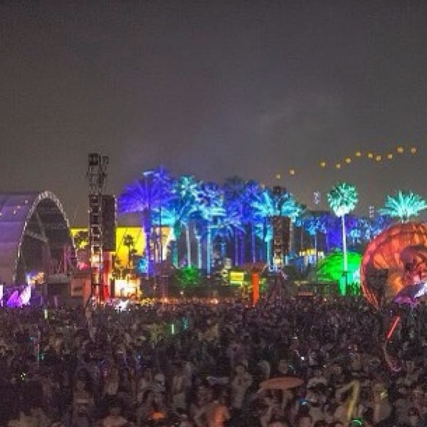 Photo taken at Coachella Valley Music and Arts Festival by Jonathan F. on 4/15/2013