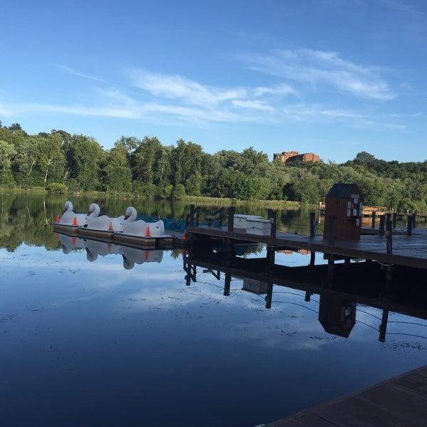 Photo taken at Columbia Town Center Lakefront by 🇷🇺🐝Natalia F🐝🇷🇺 on 8/17/2016