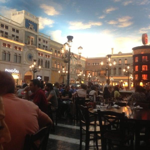 Photo taken at Otto Las Vegas by Frydah L. on 3/3/2013