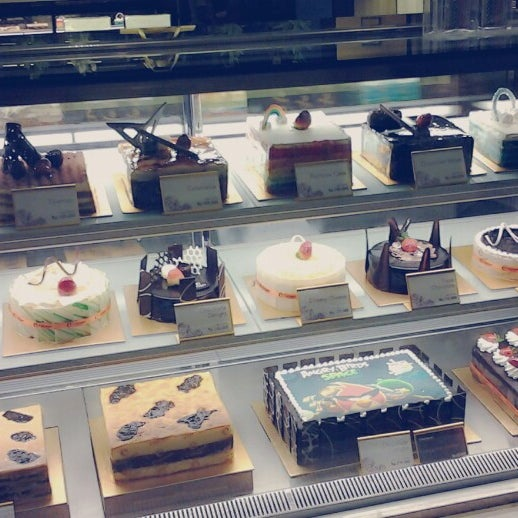 Photo taken at Clairmont Patisserie by Khairunisa F. on 6/3/2013