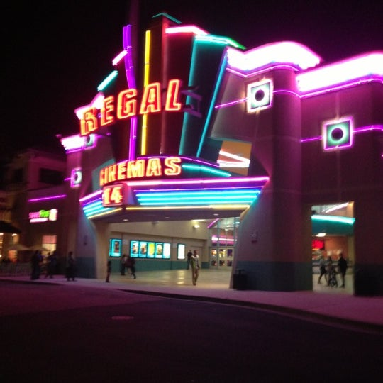 Regal Cinemas makes movie-going fun. The multiplex chain runs more than theaters around the country, including some 60 art-house and Bollywood locations, so whether you want to see the newest big action flick or a critically acclaimed indie film, a Regal Cinema is the place to find it.