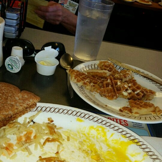 Photo taken at Waffle House by Allen R. on 2/28/2016