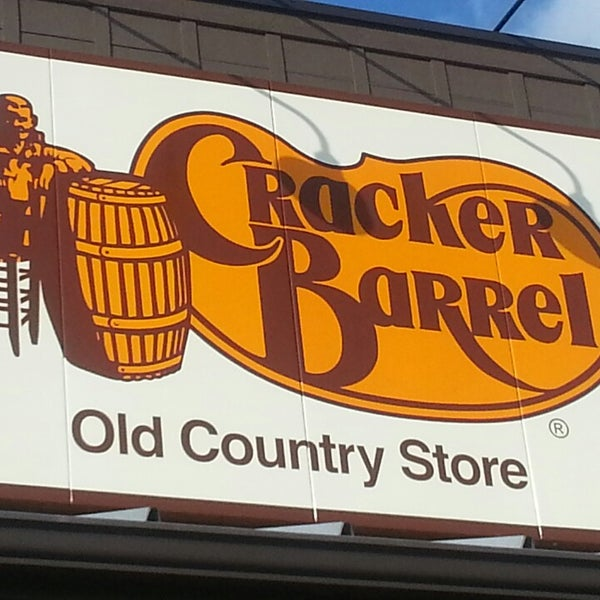 Photo taken at Cracker Barrel Old Country Store by PFC Tyler H. on 5/22/2013