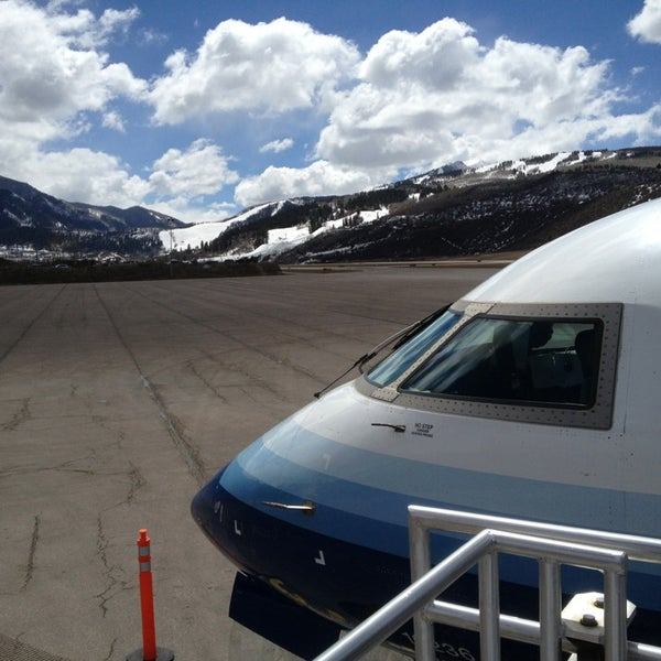 Photo taken at Aspen - Pitkin County Airport (ASE) by Mando on 4/3/2013