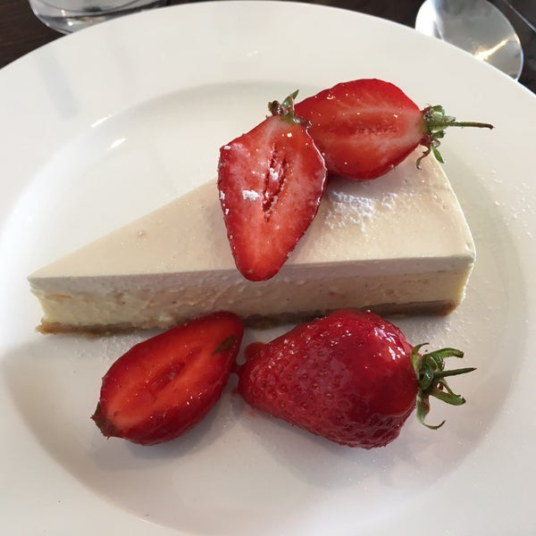 3 course set menu on Sunday for £25. Excellent food at a reasonable price. Service could be better but food made up for it. Blood orange and strawberry cheesecake was excellent!