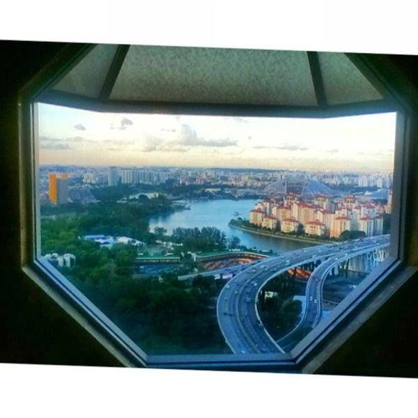 Photo taken at The Ritz-Carlton, Millenia Singapore by Hydn E. on 9/5/2013