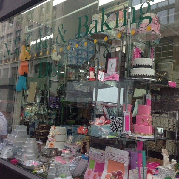 Photo taken at NY Cake & Baking by Simone L. on 9/15/2014