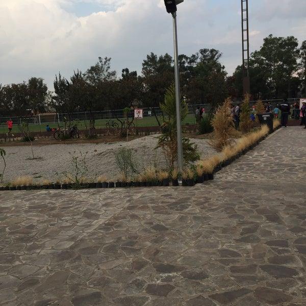 Photo taken at Parque Ecologico Huayamilpas by Luis Gönzalez on 6/3/2016