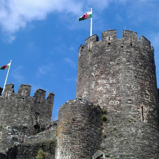 Where's Good? Holiday and vacation recommendations for Caernarfon, United Kingdom. What's good to see, when's good to go and how's best to get there.
