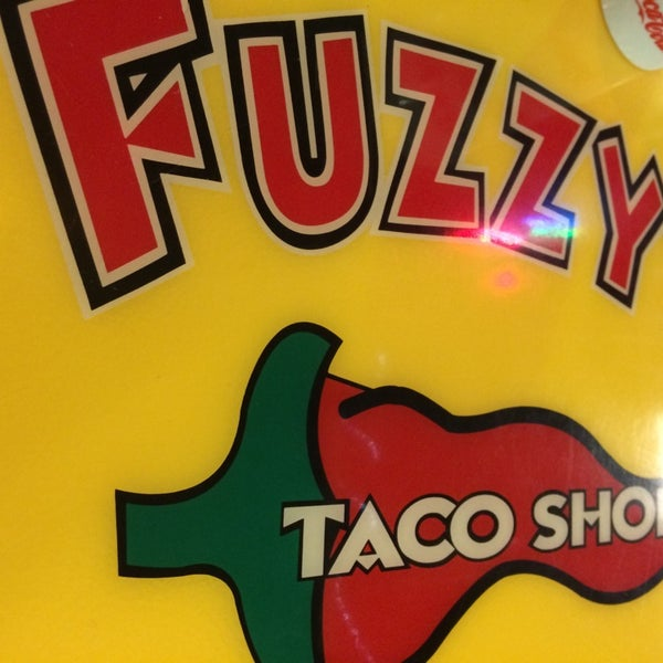 Photo taken at Fuzzy's Taco Shop by King829 on 11/9/2014