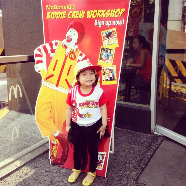 Photo taken at McDonald's by Annaleah A. on 4/14/2016