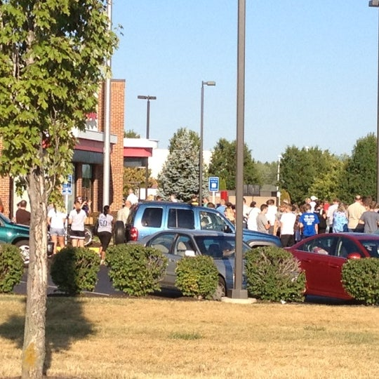 Photo taken at Chick-fil-A by Shawn L. on 8/1/2012