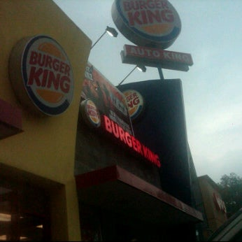 Photo taken at Burger King by Yahaira V. on 9/5/2011