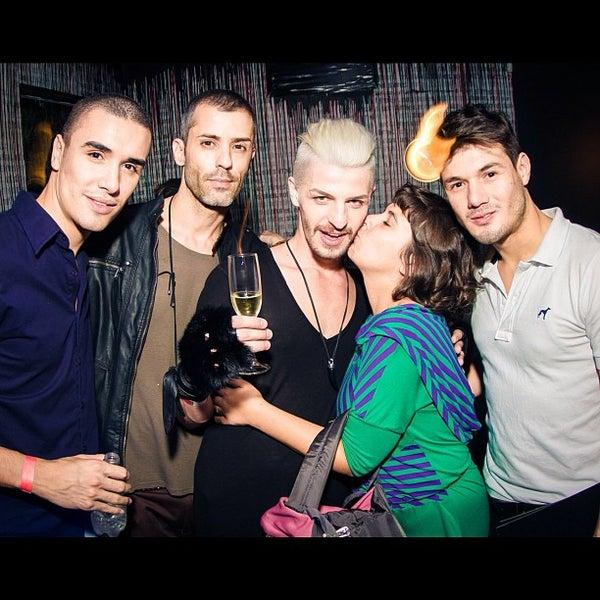 Photo taken at Dry Bar & Club by vistuissu M. on 4/28/2012
