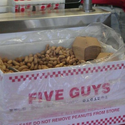 Photo taken at Five Guys by Kaiser on 2/20/2012