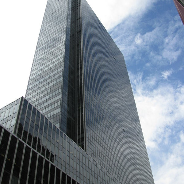 One Penn Plaza Building In Chelsea