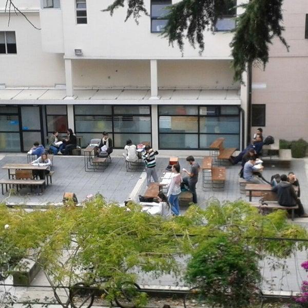 Foto tomada en Facultad de Psicología - Udelar por Jorge S. el 4/24/2014