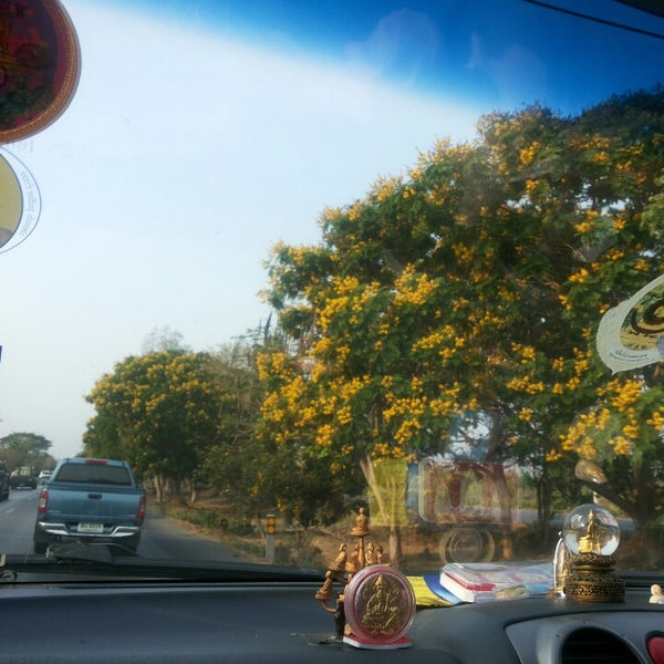Photo taken at อำเภอชะอำ (Amphoe Cha-am) by Jahloz &. on 4/12/2014
