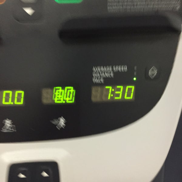 Photo taken at 24 Hour Fitness by Christopher C. on 1/23/2016