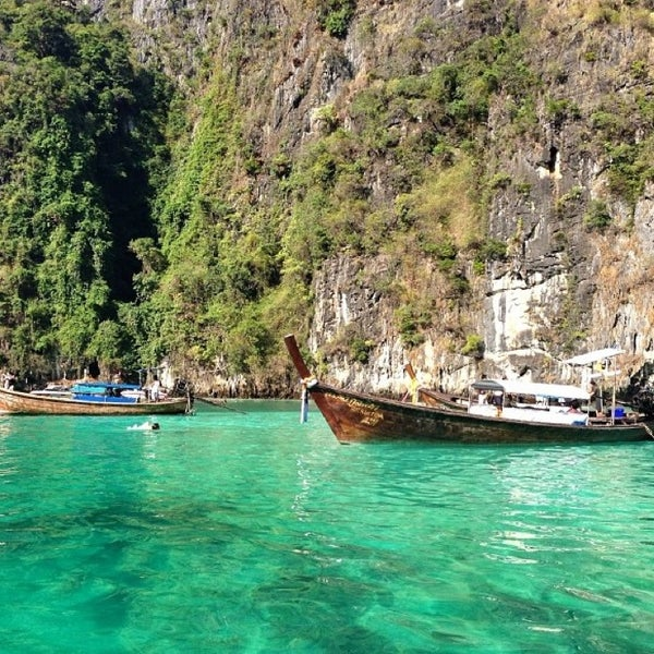 Photo taken at Phi Phi Island by Raedahz L. on 1/13/2013