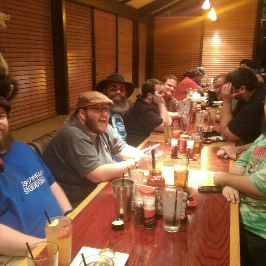 Photo taken at Red Robin Gourmet Burgers by Wolfgang F. on 9/25/2015