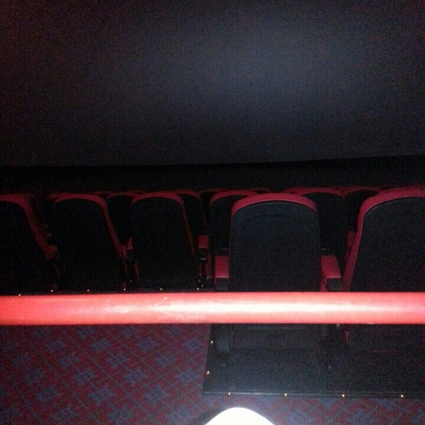 Photo taken at Frank Theatres - Queensgate Stadium 13 by Bill D. on 8/24/2015