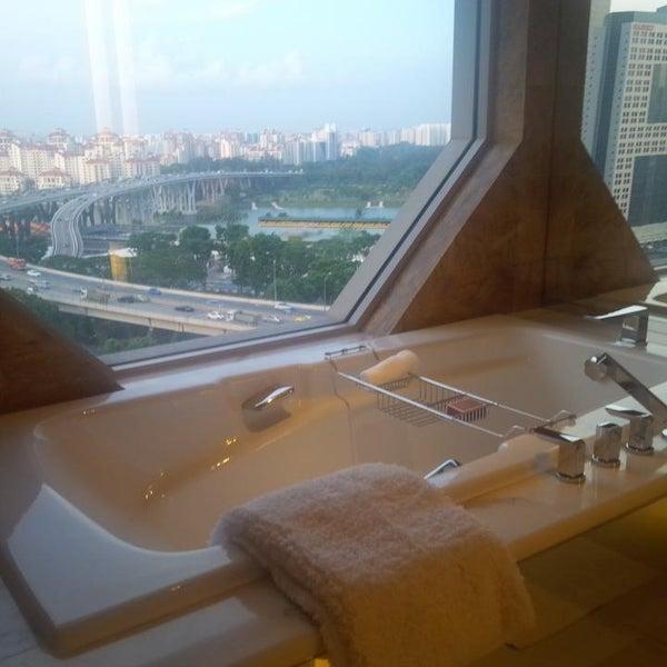 Photo taken at The Ritz-Carlton, Millenia Singapore by Anuar O. on 8/22/2013