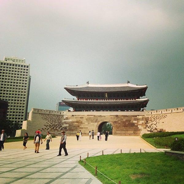 Photo taken at 숭례문 (崇禮門, Sungnyemun) by Yaejin L. on 6/29/2013