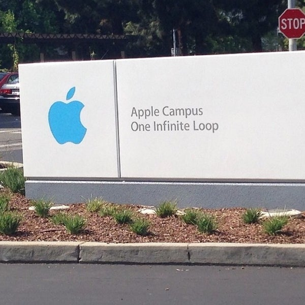 Photo taken at Apple Inc. by Çiğdem O. on 7/6/2014