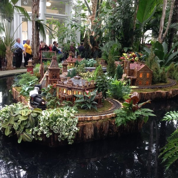 Photo taken at Enid A. Haupt Conservatory by Dave M. on 12/22/2013