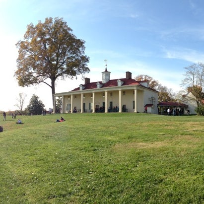 Photo taken at George Washington's Mount Vernon Estate, Museum & Gardens by Blake P. on 11/10/2012