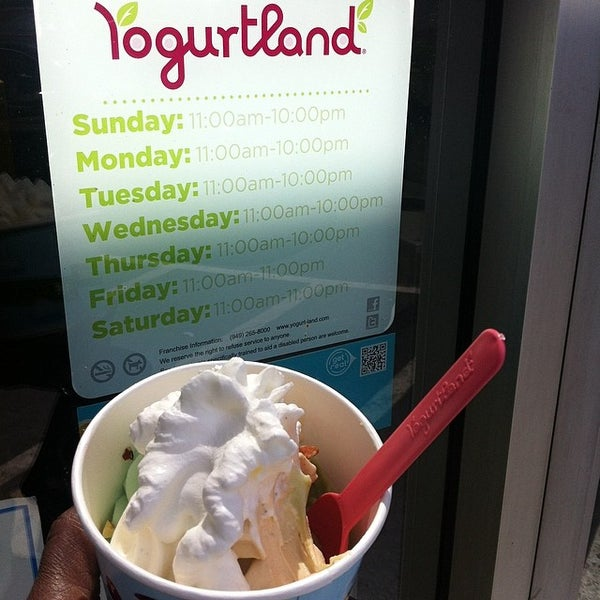 Photo taken at Yogurtland by Cherry D. on 5/10/2014