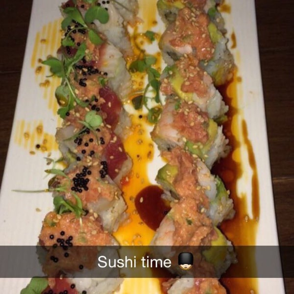 Photo taken at Harney Sushi by MA's 🇺🇸 on 6/10/2015