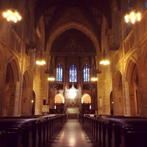 Photo taken at St. Dominic's Catholic Church by Helen S. on 7/22/2014