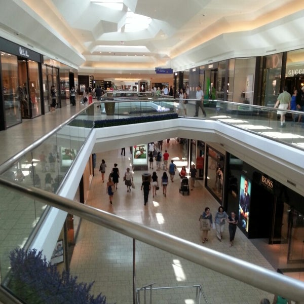 The Mall at Short Hills is located in Short Hills, New Jersey and offers stores - Scroll down for The Mall at Short Hills shopping information: store list (directory), locations, mall hours, contact and address. Address and locations: Morris Tpke., Short Hills, New Jersey - NJ /5(7).