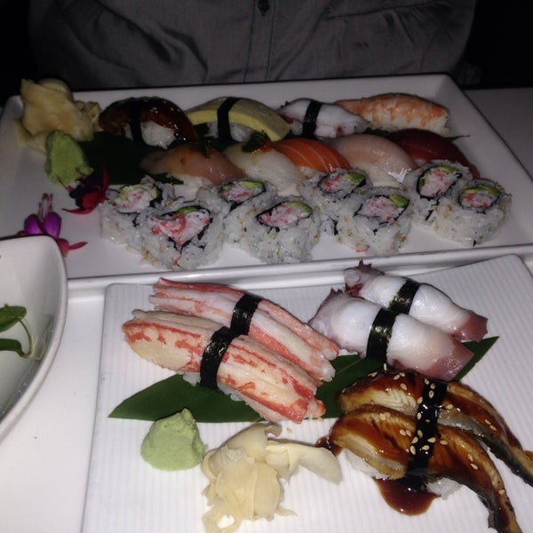 Photo taken at Katsuya Brentwood by Magda A. on 9/6/2014