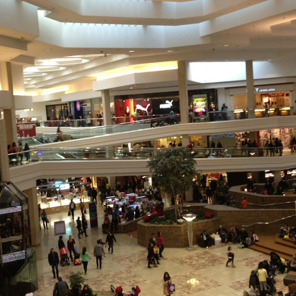 Photo taken at Woodfield Mall by Ross G. on 12/30/2012