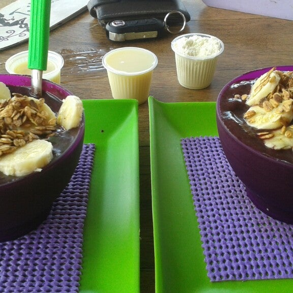 Photo taken at Tribus Açaí by Rayssa P. on 10/22/2013