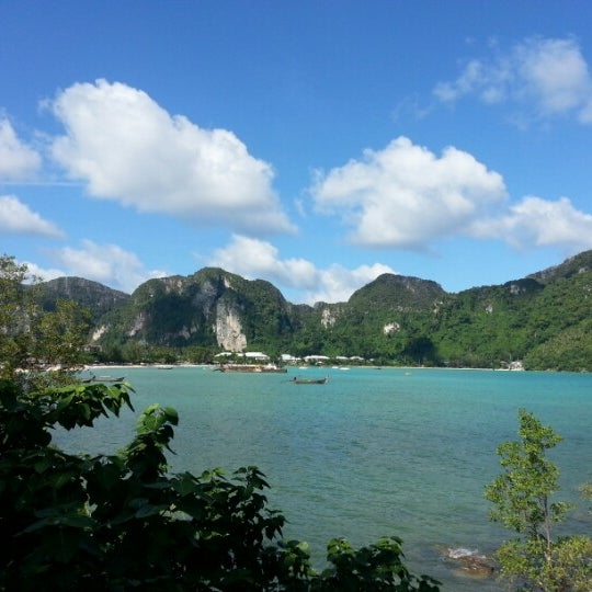 Photo taken at Phi Phi Island by Somchai C. on 8/24/2012