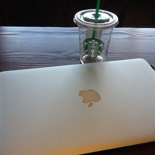 Photo taken at Starbucks by David M. on 6/22/2012