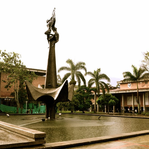 Photo taken at Universidad de Antioquia by Edward P. on 10/17/2012