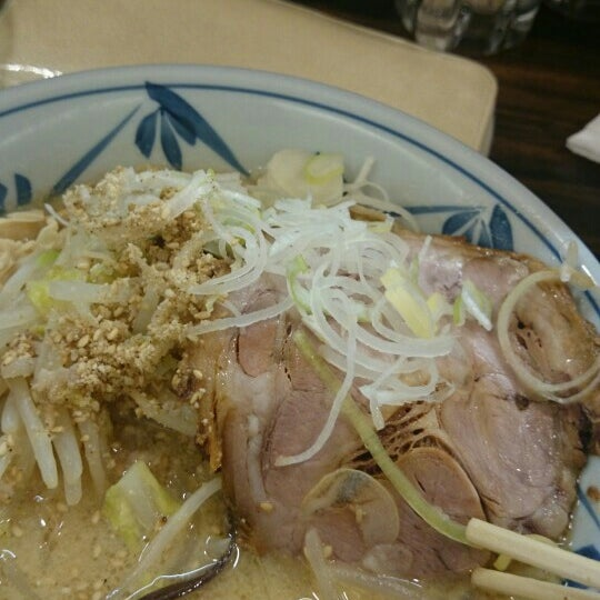 Photo taken at 味噌や 元住吉店 by まどまど on 4/25/2015