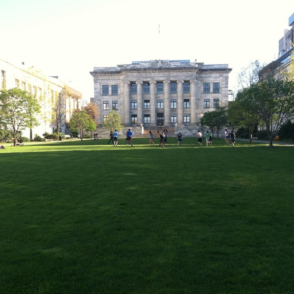 Photo taken at Harvard Medical School Quadrangle by Sousou B. on 4/30/2013