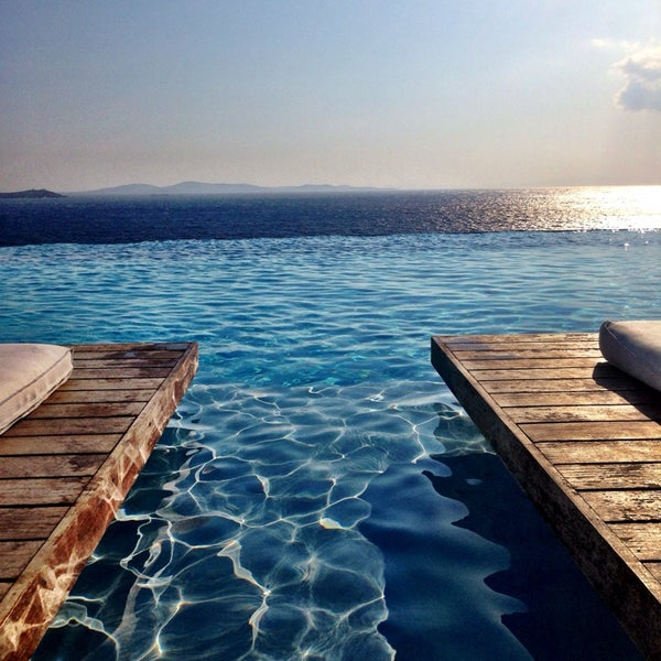 Hotel recommendations in Mykonos, Greece - Cavo Tagoo - Excellent romantic hotel. Fantastic service. Great location. Popular among people traveling with friends.