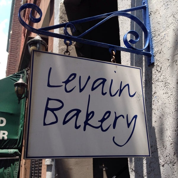 Photo taken at Levain Bakery by Rob C. on 6/29/2013