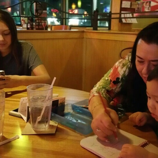 Photo taken at Applebee's by Sirinee T. on 8/18/2015