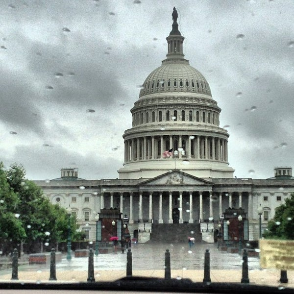 Photo taken at United States Capitol Building by Elizabeth 🐘 L. on 6/7/2013