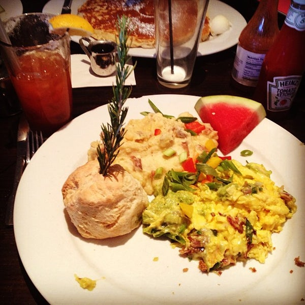Photo taken at Hash House a Go Go by Keith S. on 7/7/2013