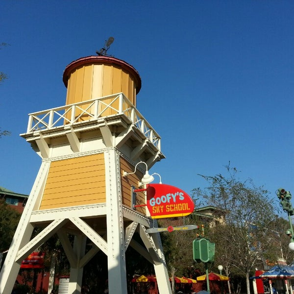 Photo taken at Goofy's Sky School by Wandering D. on 2/5/2014