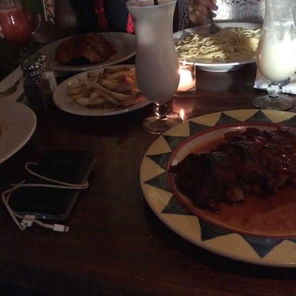 Photo taken at Giovanni's Restaurant by Stella on 9/27/2014